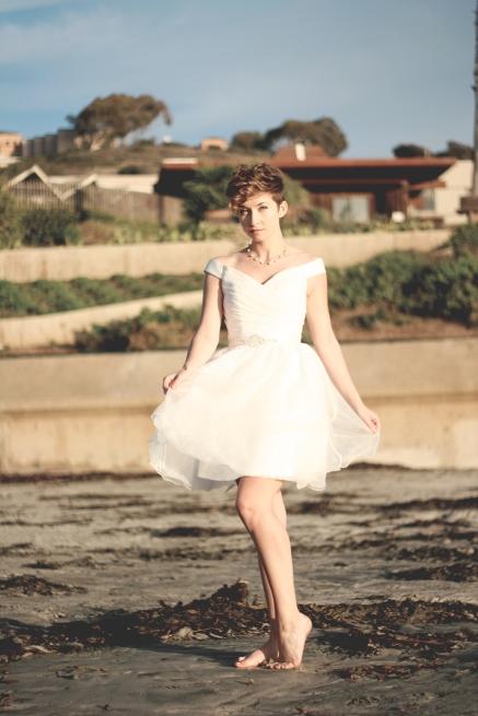 LITTLE WHITE DRESS 471